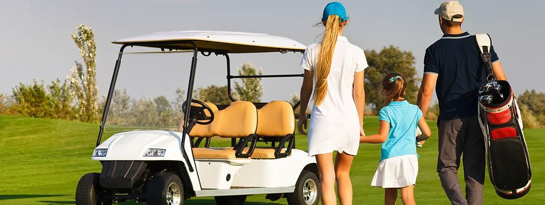 family-golfing